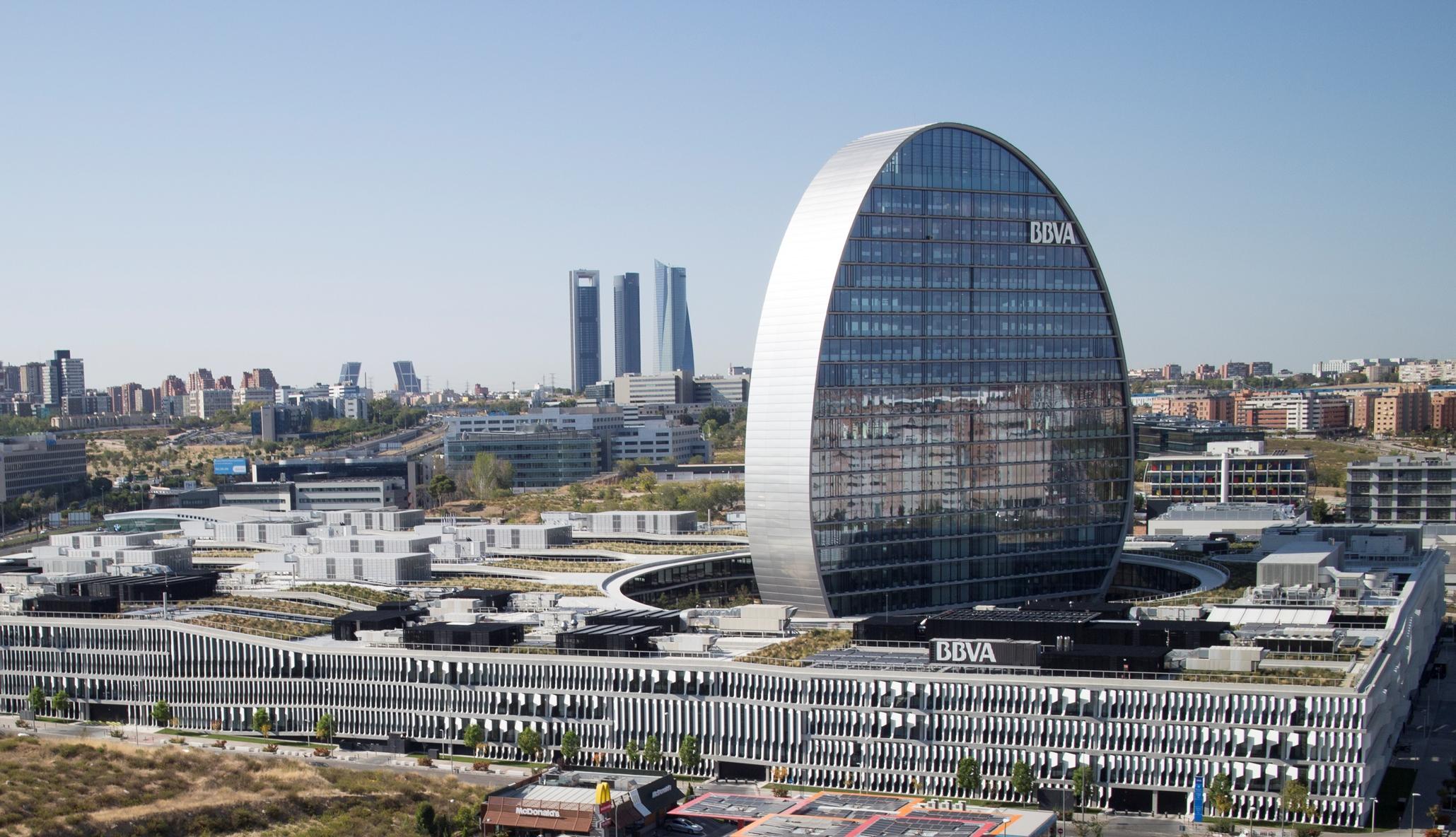 https://accionistaseinversores.bbva.com/wp-content/uploads/2017/05/vista-aerea-ciudad-bbva.jpg