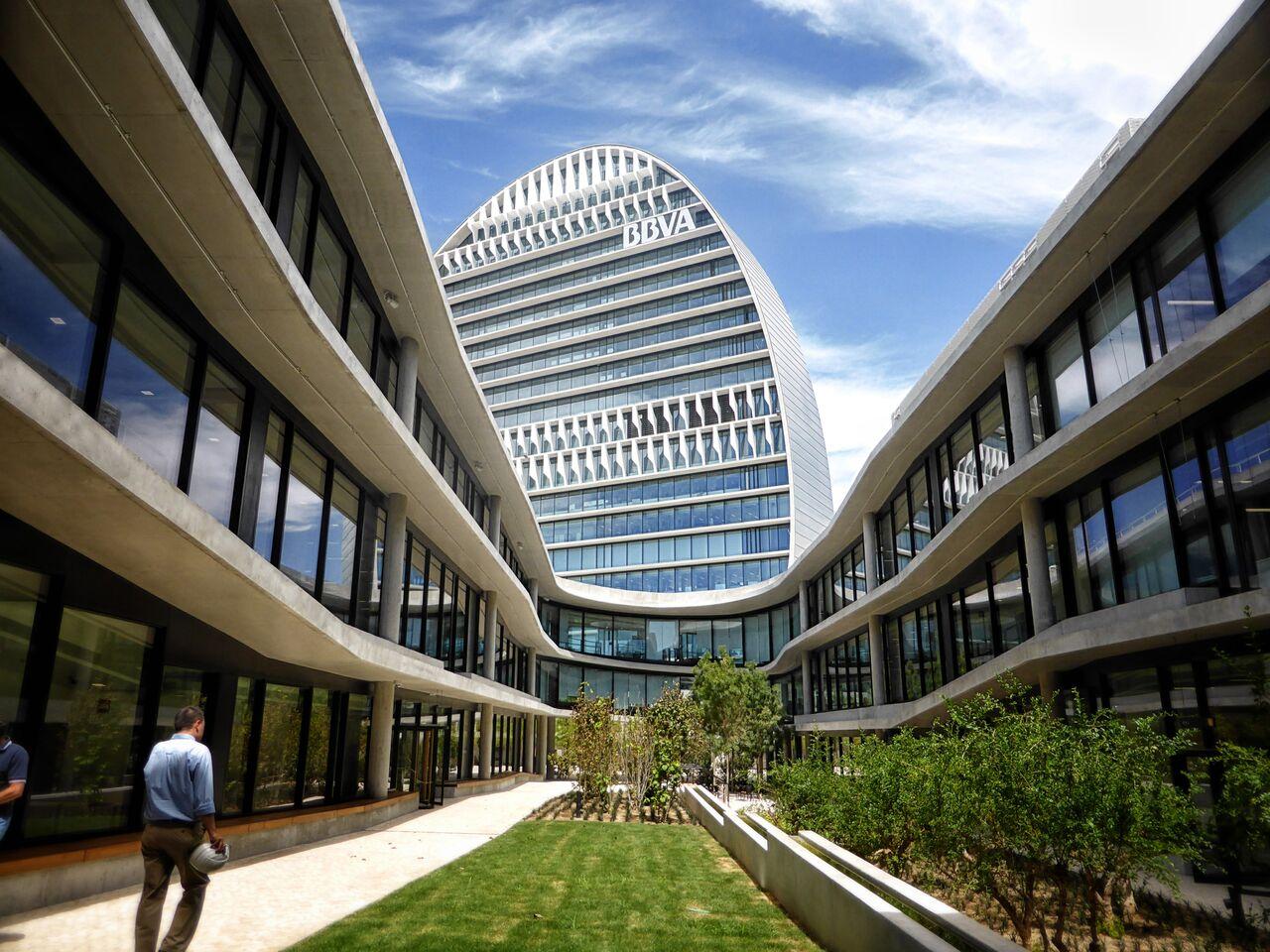 https://accionistaseinversores.bbva.com/wp-content/uploads/2019/01/La-Vela-BBVA-3_OPEN-HOUSE-MADRID_PATI-NUNEZ-AGENCY-1.jpg